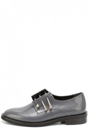 Кожаные ботинки Adele с декорированными булавками Coliac. Цвет: серый