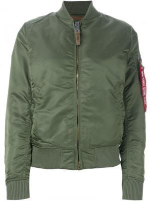Стеганая куртка-бомбер Alpha Industries. Цвет: зелёный