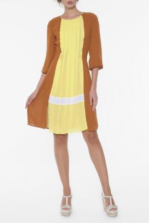 Платье Ki6. Цвет: желто-коричневый