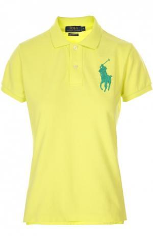 Поло с вышитым логотипом бренда Polo Ralph Lauren. Цвет: желтый