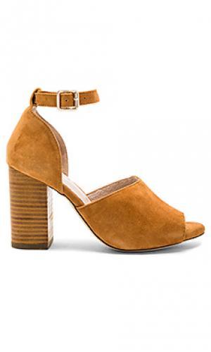 Обувь на каблуке london RAYE. Цвет: коньяк