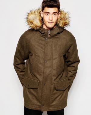 Parka London Куртка. Цвет: зеленый