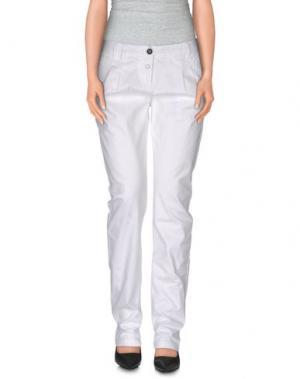 Повседневные брюки SOCCX. Цвет: белый