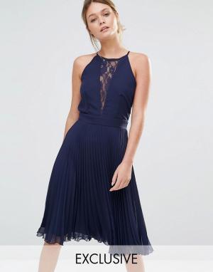 Elise Ryan Плиссированное платье миди с кружевной вставкой. Цвет: темно-синий