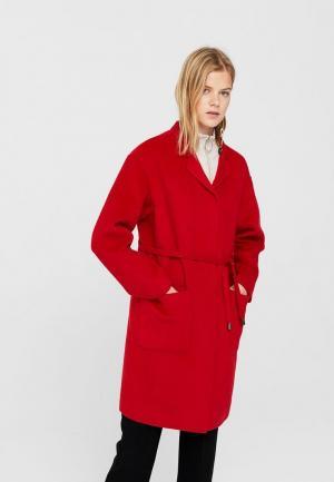 Пальто Mango. Цвет: красный