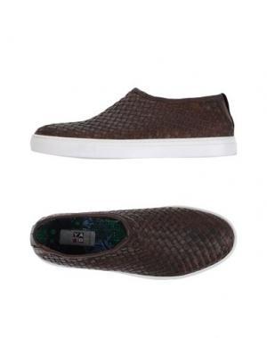 Низкие кеды и кроссовки YAB. Цвет: темно-коричневый