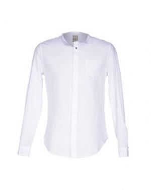 Pубашка KAOS. Цвет: белый