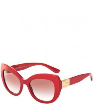 Солнцезащитные очки в оправе цвета фуксии Dolce & Gabbana. Цвет: фуксия