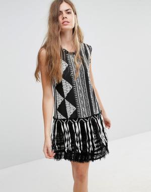 Anna Sui Жаккардовое цельнокройное платье с бахромой. Цвет: мульти