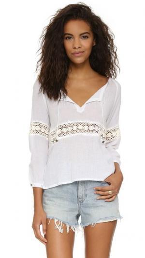 Блуза Melite Tigerlily. Цвет: белый