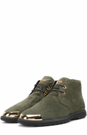 Замшевые ботинки на шнуровке с металлической отделкой мыса Giuseppe Zanotti Design. Цвет: хаки