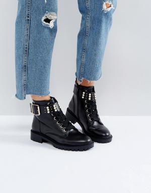 Miss KG Походные ботинки с отделкой искусственным жемчугом. Цвет: черный