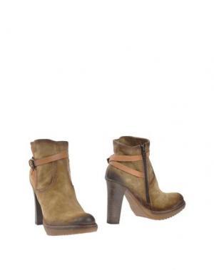Полусапоги и высокие ботинки MANAS. Цвет: зеленый-милитари
