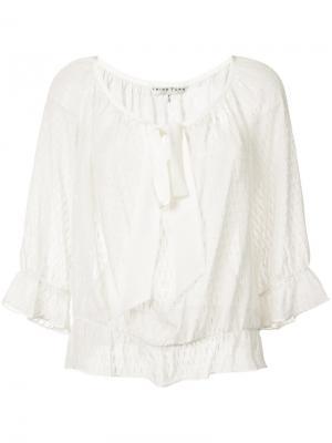 Вышитая блузка Trina Turk. Цвет: белый