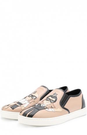 Кожаные слипоны London с аппликациями Dolce & Gabbana. Цвет: бежевый