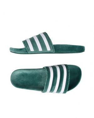Сандалии ADIDAS ORIGINALS. Цвет: зеленый