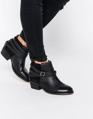 Hudson London Черные кожаные ботильоны. Цвет: черный
