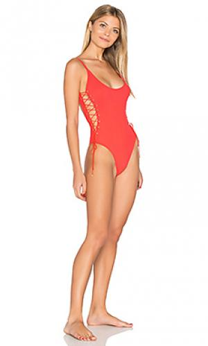 Слитный купальник со шнуровкой сбоку Sauvage. Цвет: красный