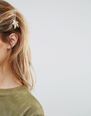 Johnny Loves Rosie Заколка для волос с листочком. Цвет: золотой