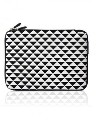 Чехол для MacBook 15.4 Треугольники Kawaii Factory. Цвет: черный, белый