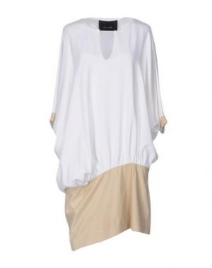 Платье до колена JAY AHR. Цвет: белый