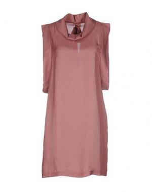 Короткое платье DEVOTION. Цвет: коричневый