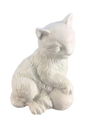 Лампа Кошка с клубочком  настольна из фарфора Magic Home. Цвет: белый