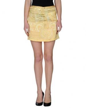 Мини-юбка BEAYUKMUI. Цвет: желтый