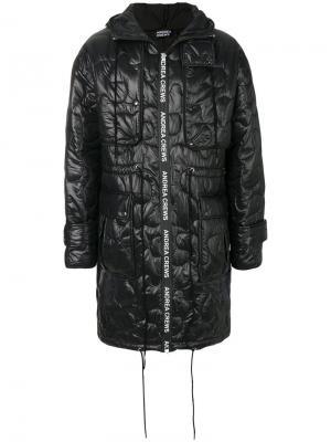 Стеганое пальто Andrea Crews. Цвет: чёрный