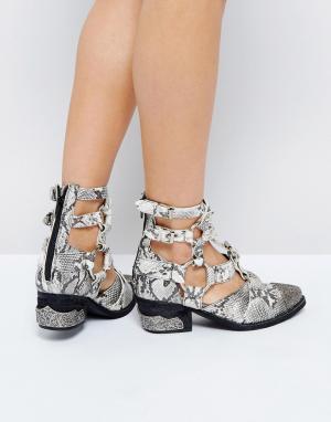 Jeffrey Campbell Ботильоны на каблуке со змеиным принтом. Цвет: кремовый