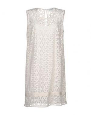 Короткое платье LA FEE MARABOUTEE. Цвет: слоновая кость