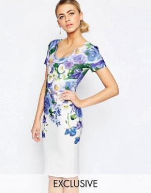Hope and Ivy Платье-футляр с цветочным принтом и рельефной отделкой. Цвет: мульти
