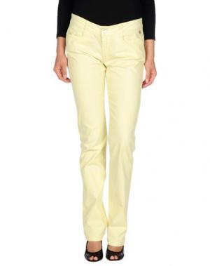 Повседневные брюки GB8. Цвет: желтый