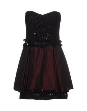 Короткое платье BABYLON. Цвет: красно-коричневый