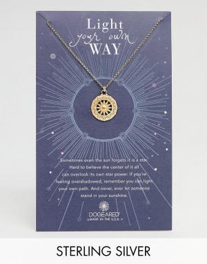 Dogeared Позолоченное ожерелье с подвеской Light Your Own Way Sun Salu. Цвет: золотой
