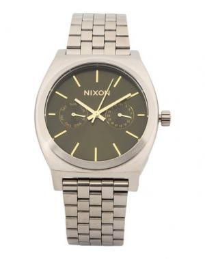 Наручные часы NIXON. Цвет: зеленый-милитари