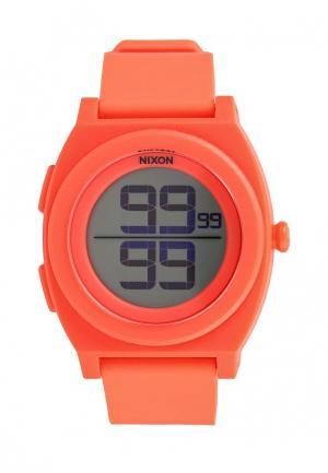 Часы Nixon. Цвет: коралловый