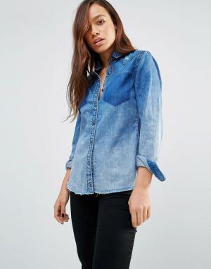 BLANK NYC Джинсовая рубашка с необработанным краем и потертостями. Цвет: синий