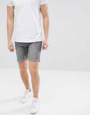 Produkt Серые джинсовые шорты. Цвет: серый