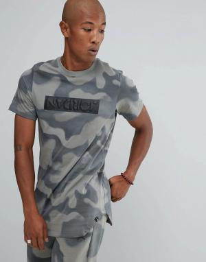 Jordan Серая футболка с камуфляжным принтом Nike 864925-004. Цвет: серый