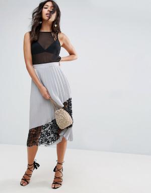 ASOS Плиссированная юбка миди с кружевной вставкой. Цвет: синий