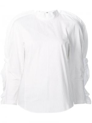 Блузка с рюшами на рукавах Toga. Цвет: белый