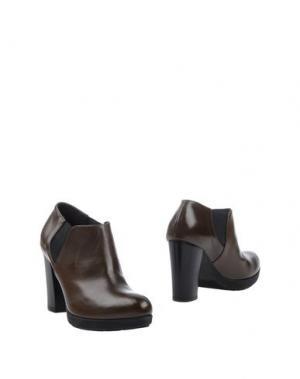 Полусапоги и высокие ботинки GIONATA. Цвет: зеленый-милитари