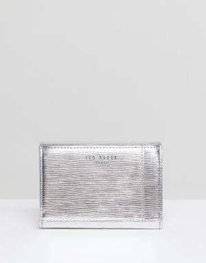Ted Baker Маленький кошелек с металлической планкой. Цвет: серебряный