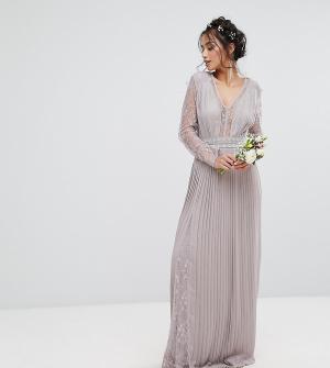TFNC Petite Плиссированное платье макси с длинными рукавами, кружевными вставками. Цвет: серый