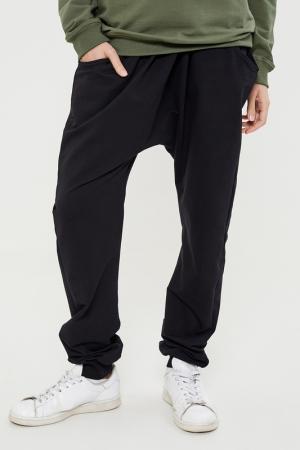 Широкие штаны Lava. Цвет: черный