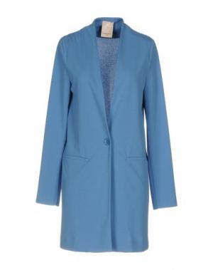 Легкое пальто KARTIKA. Цвет: пастельно-синий