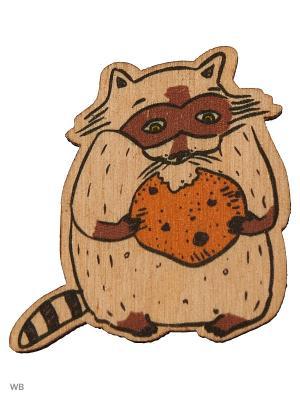 Енот и печенька (деревянный значок в упаковке) Эксмо. Цвет: светло-коричневый