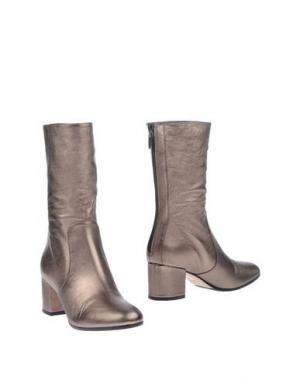 Полусапоги и высокие ботинки THE SELLER. Цвет: бронзовый