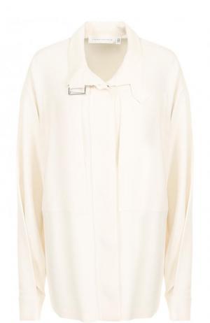 Блуза из вискозы свободного кроя с воротником-стойкой Victoria Beckham. Цвет: бежевый